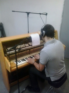 Adrián Fernández García al pianoforte