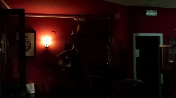 Live @ Bar Funivia, 8 luglio 2015. Un'ombra nel buio...